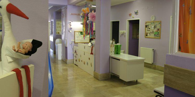 Civil szervezeti támogatásból folytatódhatott a szekszárdi kórház Gyermekosztályának épület- és orvosi eszköz korszerűsítése